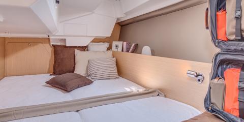 Moorings 38.2 cabin