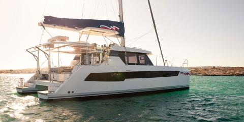 Moorings 4200 aft view starboard